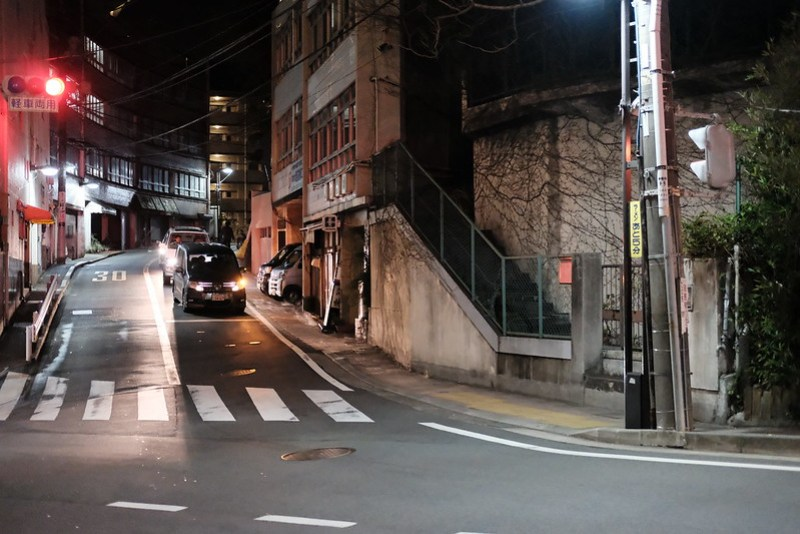 XF35mm F2 R WR 夜の街もバッチリ