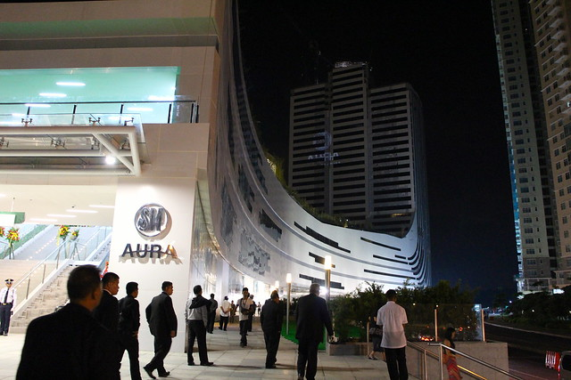 SM Aura on opening night