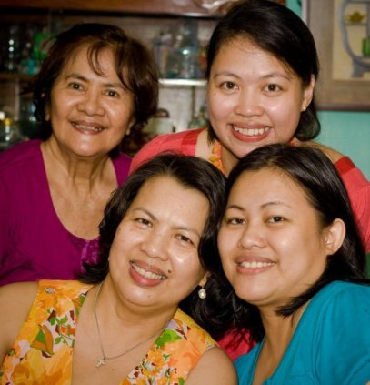 Mommy Michelle, her sister, sister's daughter and their mom