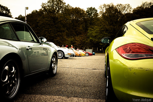 speed car by Zeeyolq Photography