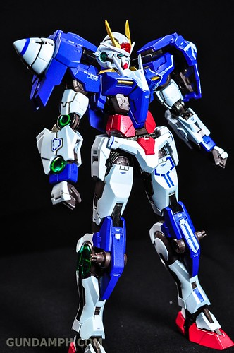 Metal Build 00 Gundam 7 Sword and MB 0 Raiser Review Unboxing (35)