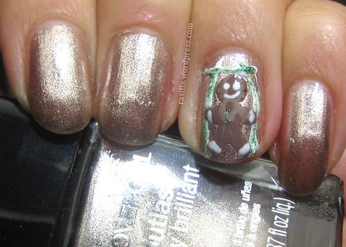Holiday Nails Gingerbread Man
