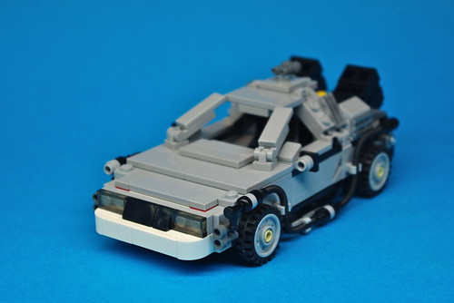 LEGO Back to the Future DeLorean (7)