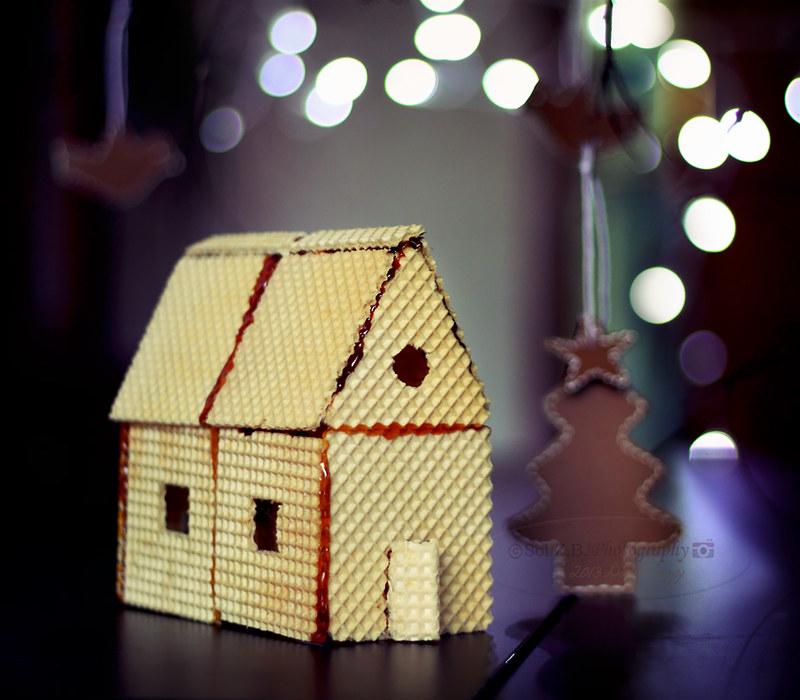 Casita de oblea para Navidad. Christmas house