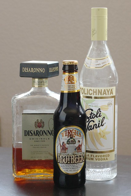 alcoholic root beer float ingredients