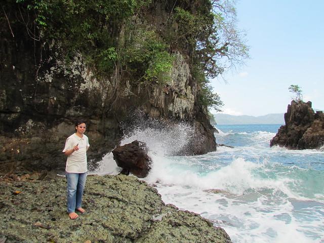 Tebing Karang Teluk Hijau