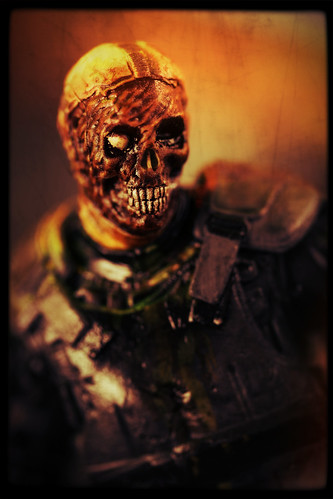 McFarlane The Walking Dead TV Series - Riot Gear Zombie [Gas Mask]