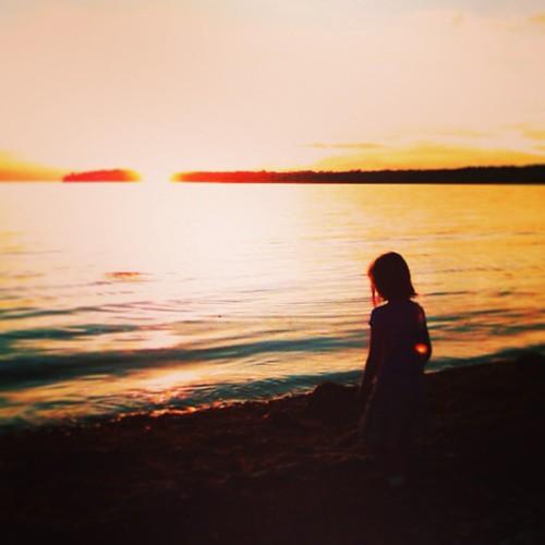 Tonight's #sunset courtesy  of Birch Bay, WA by @MySoDotCom