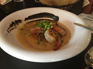 Shrimp and Grits at electric mud