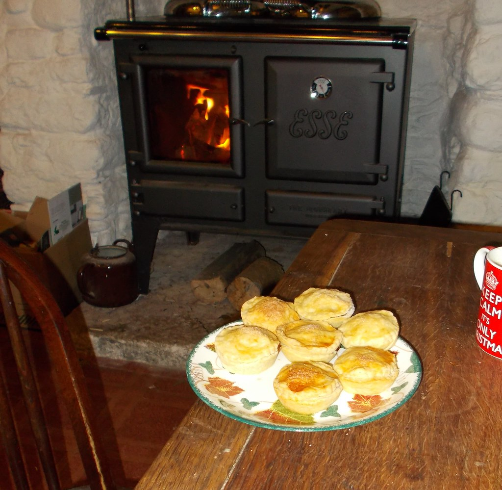 mincepies and the range