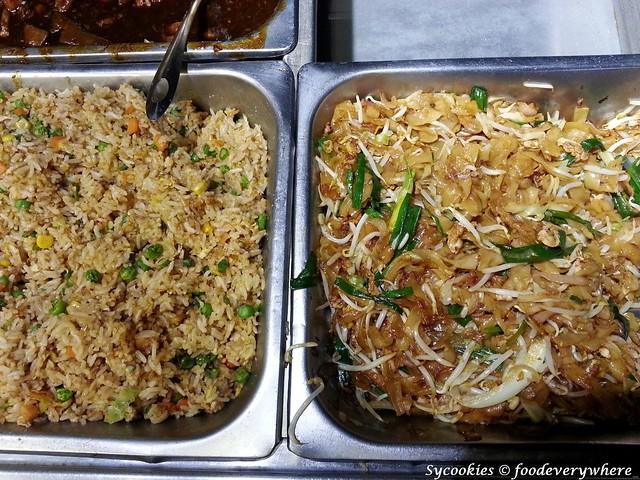 8.fried rice n fried kuey tiaw