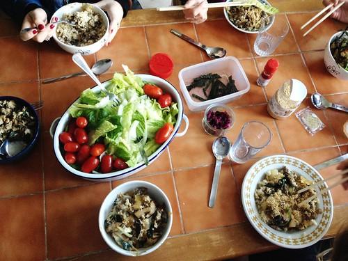 Tanindon + some sort of salad