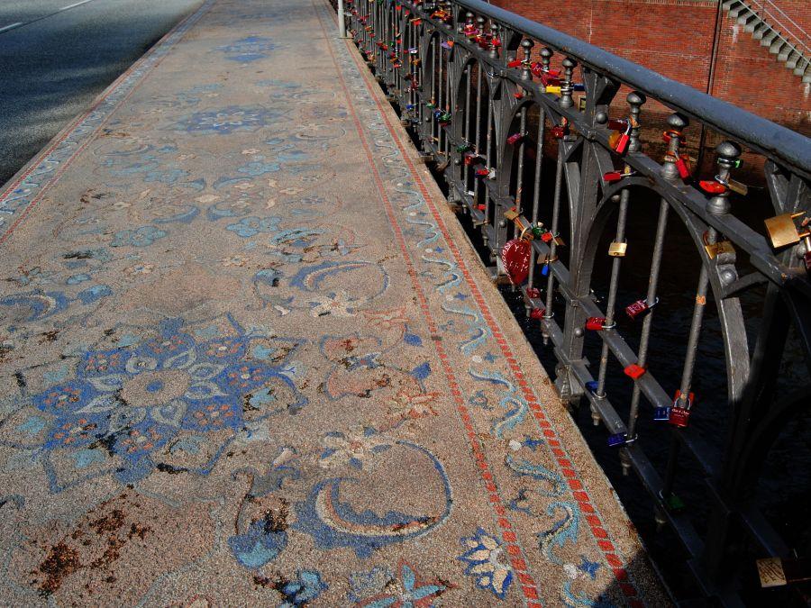 9 klassieke Bruggen in Hamburg, Wilhelminenbrücke, foto door Rita