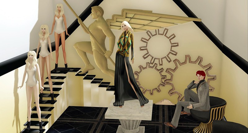 132. | Versace