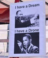 Auftakt: Obama die rote Karte zeigen