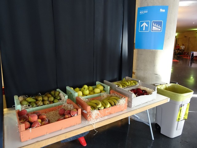 Free fruit at BCN2013