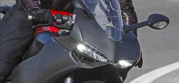 Ducati 1199 Panigale 2014 foto espía 06