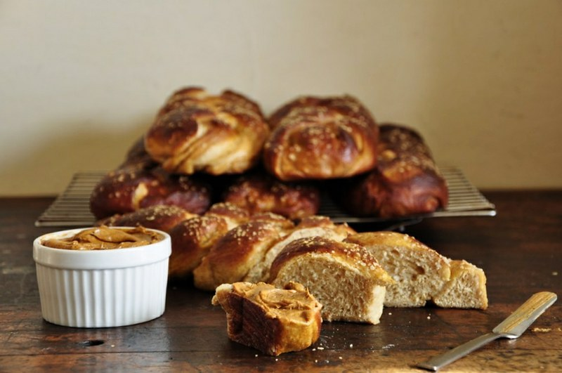 Challah Pretzel Bread with Adobo-Lime Butter | ¡HOLA ...