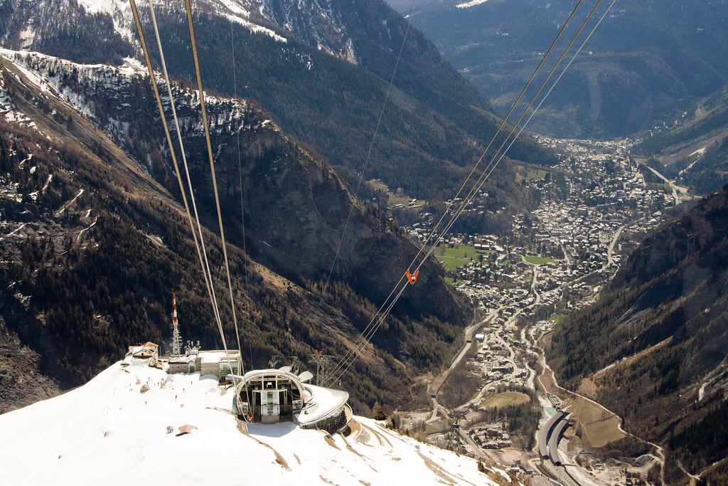 Italy's SkyWay Monte Bianco cable car
