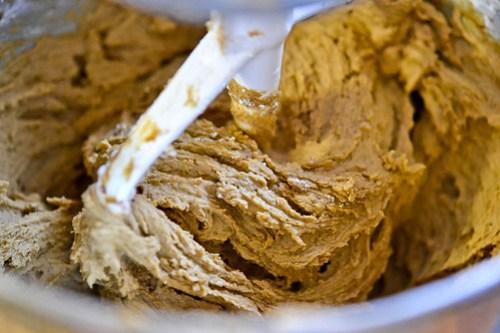 Pumpkin Cream Sandwich Cookies-2