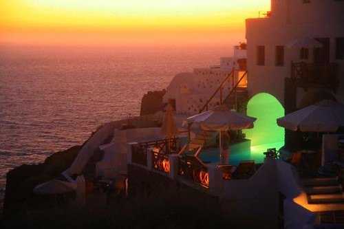 oia-mare-villas-by-sunset