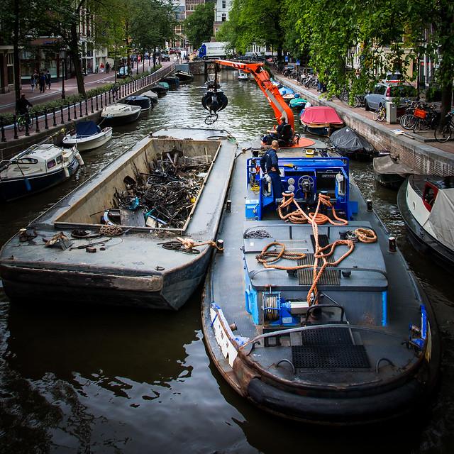 AmsterdamCanal3.jpg