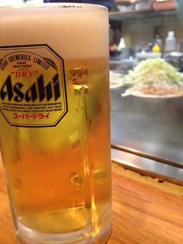 ビール越しに鉄板@一番 明大前店
