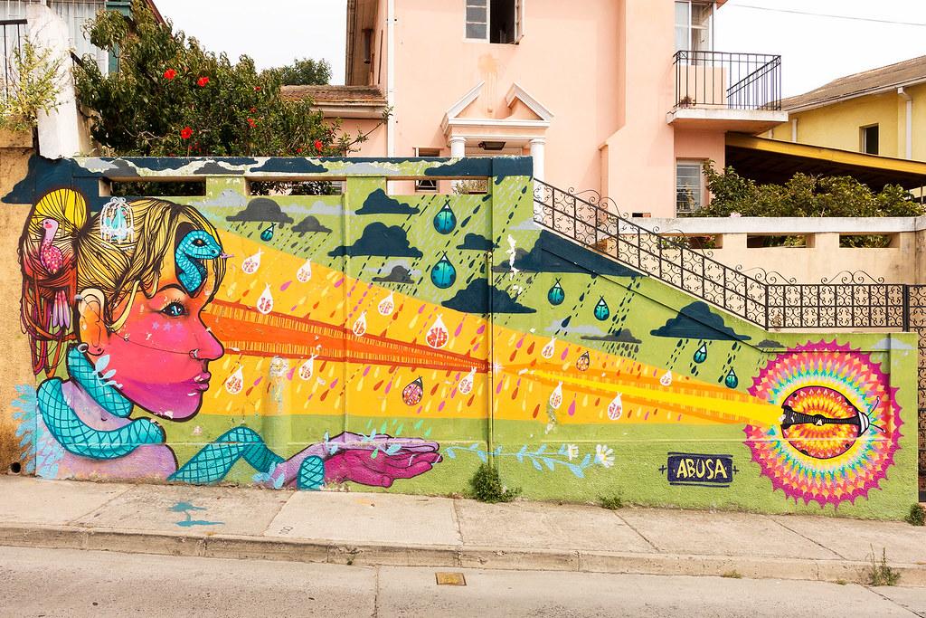 Street Art Valparaiso 18