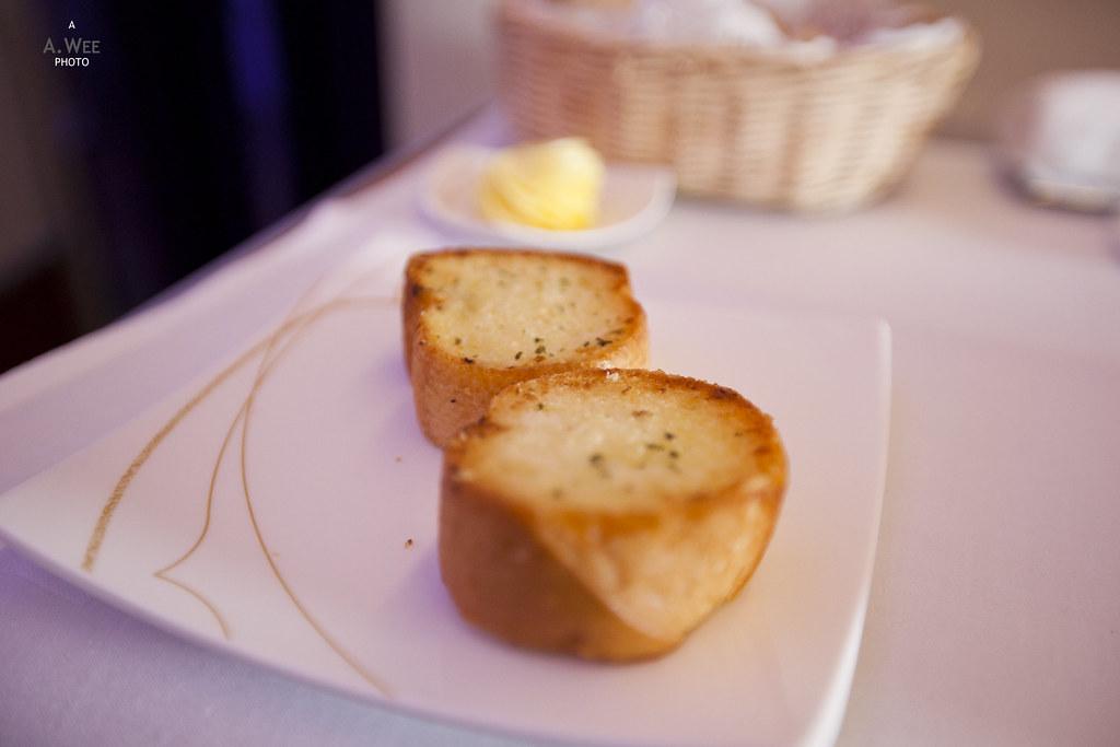 Thai Airways' Garlic Bread