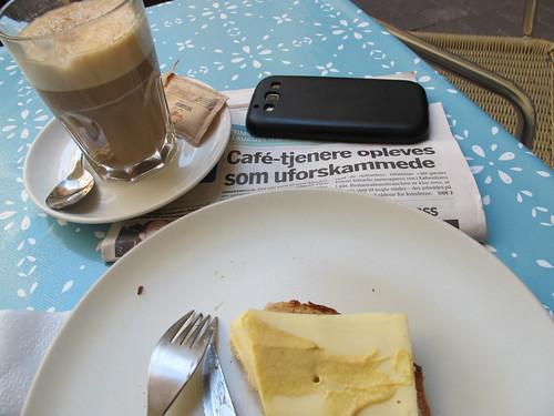 Tjeneren på Café Den Blå Time var ikke uforskammet! - Risager