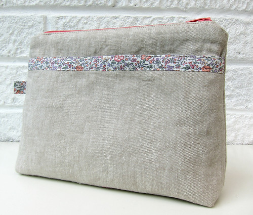 Linen pouch with Liberty edging