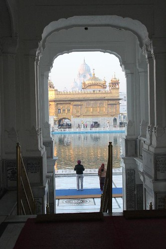 IMG_9599-Amritsar-golden-temple_Small