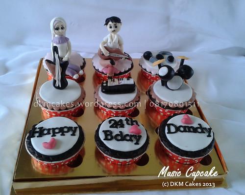 DKM Cakes telp 08170801311, toko kue online jember, kue ulang tahun jember, pesan blackforest jember, pesan cake jember, pesan   cupcake jember, pesan kue jember, pesan kue ulang tahun anak jember, pesan kue ulang tahun jember,rainbow cake jember,pesan snack   box jember, toko kue online jember, wedding cake jember, kue hantaran lamaran jember, tart jember,roti jember, ccake hantaran   lamaran jember, cheesecake jember, cupcake hantaran, cupcake tunangan, DKM Cakes telp 08170801311, DKMCakes, engagement cake,   engagement cupcake, kastengel jember, kue hantaran lamaran jember, kue ulang tahun jember, pesan blackforest jember, pesan cake   jember, pesan cupcake jember, pesan kue jember, pesan kue kering jember, Pesan kue kering lebaran jember, pesan kue ulang tahun   anak jember, pesan kue ulang tahun jember, pesan parcel kue kering jember, kue kering lebaran 2013 jember, beli kue jember, beli   kue ulang tahun jember, jual kue jember, jual cake jember, anniversary cupcake   untuk info dan order silakan kontak kami di 08170801311 / 0331 3199763 http://dkmcakes.com,  music cupcake
