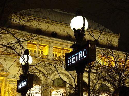 Metro Globes