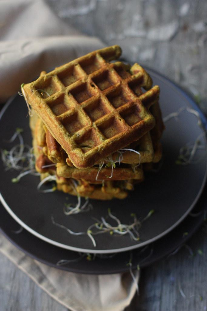 Whole Grain Savory Waffle