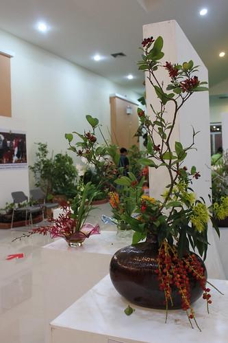 20120122_2410_floral-arrangement