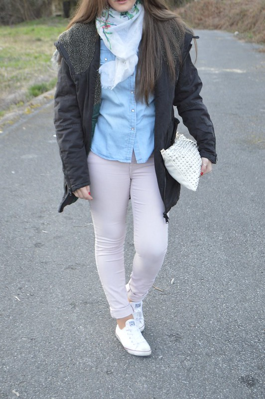 look-parka-gris-lluvia-pull-and-bear (6)