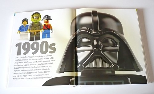 LEGO Minifigure Year by Year A Visual History 08
