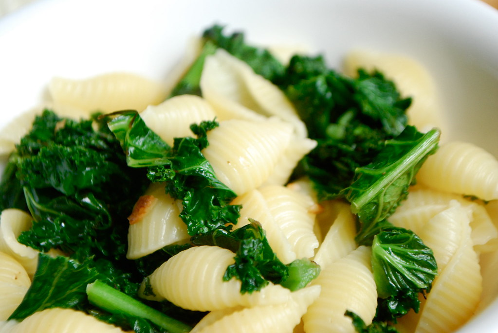 toss kale with pasta