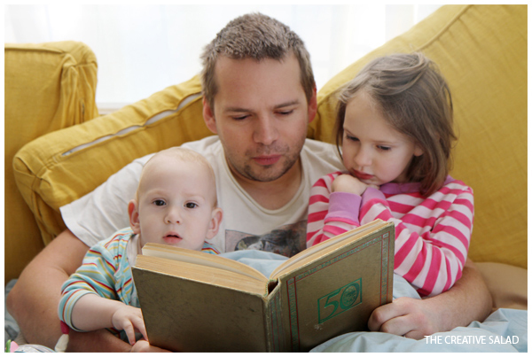 Weekend Moment / Reading The Hobbit with Daddy