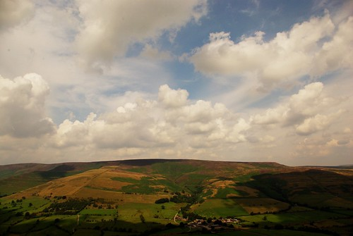 20130808-15_Kinder Scout plateau from The Great Ridge by gary.hadden