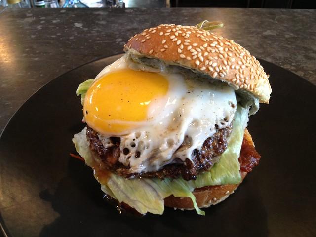 Emirates Team NZ chellenger burger - Waiheke Island Yacht Club