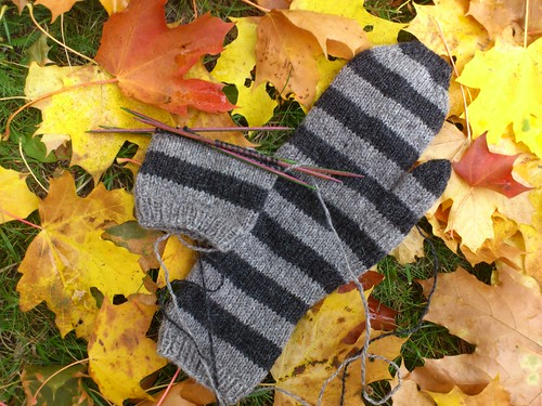 Striped mittens