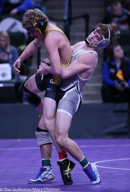 126AA - Semifinal - Jackson Stauffacher (Scott West) 39-7 won by decision over Brock Luthens (Hutchinson) 43-5 (Dec 5-1)