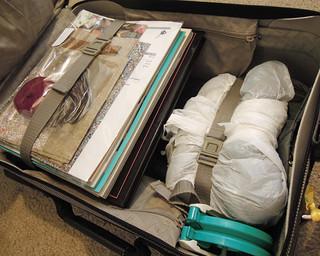 Gray Yarn Suitcase Interior