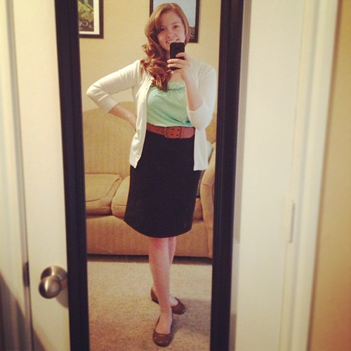 Woo, I actually curled my hair for today's #ootd! I really like this color combo. Top, cardigan and belt: Target.