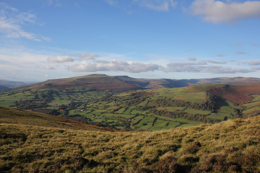sugar loaf, pen cerrig calch