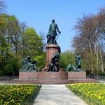 Das Bismarck-Denkmal im Berliner Tiergarten (2)