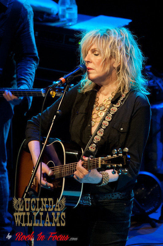 LUCINDA-WILLIAMS-15062013-04