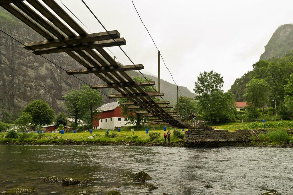 Puente en Dale
